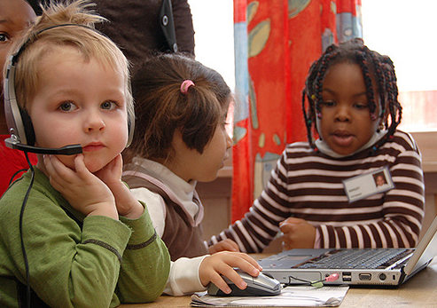 interactive learning in the classroom, school wireless networks,