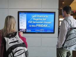 4 Valuable Digital Signage Applications for School Wireless Networks