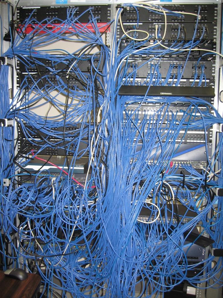 School Wireless Networks vs. Wired Networks, wireless network design, wifi service providers,