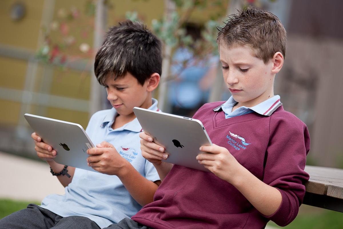 iPads in the classroom, school wireless networks, wifi service providers,