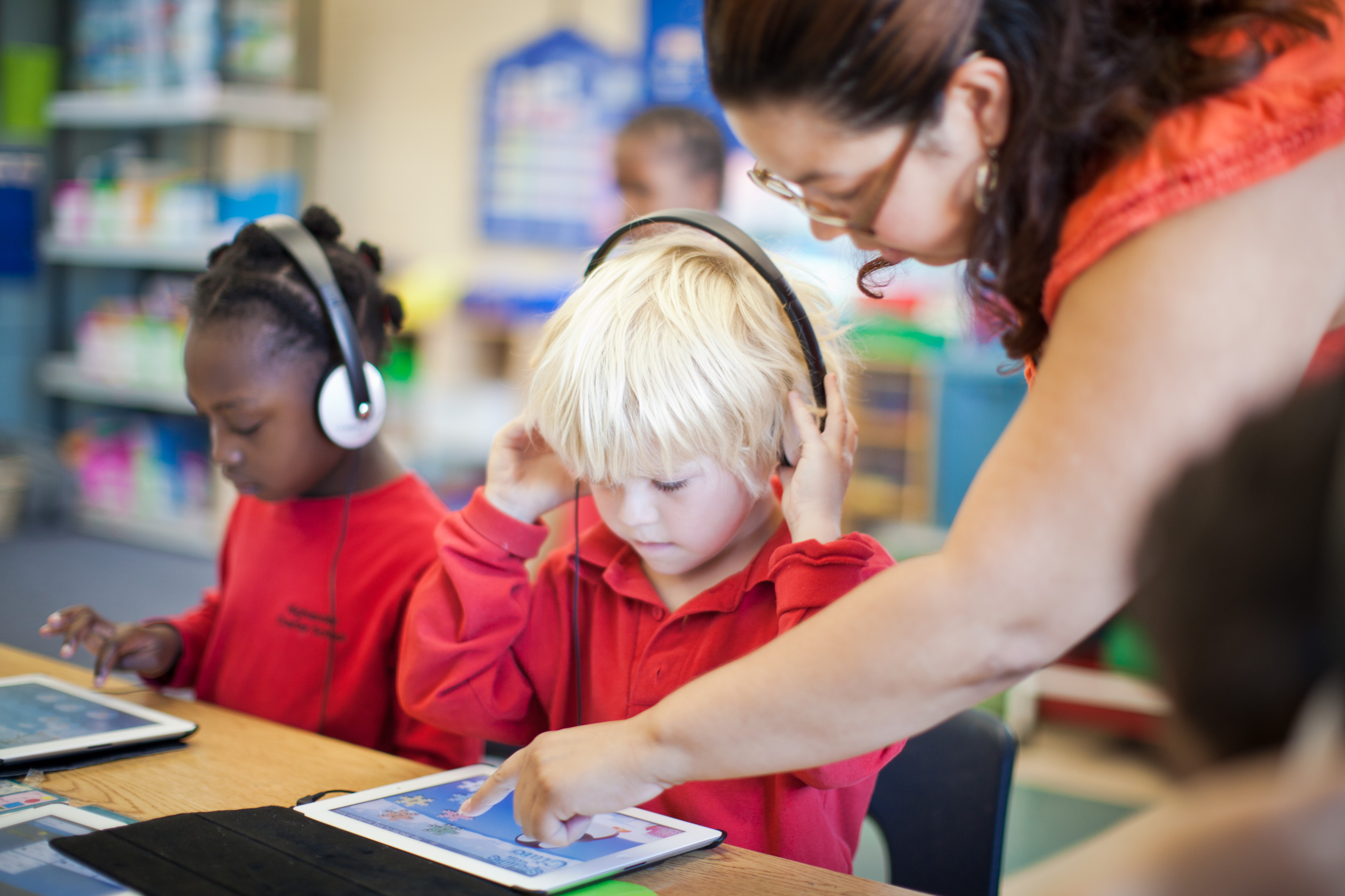 technology in the classroom, iPads in the classroom, wifi service providers,