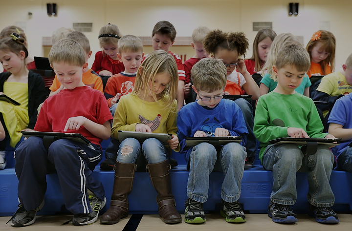 9 Benefits of e-Books That Make Them Valuable Classroom Technology