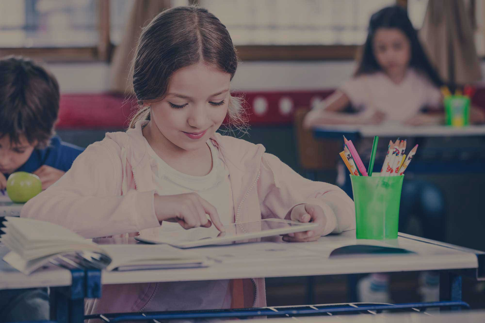 Why Use iPads & Other Technology in the Classroom as Learning Tools