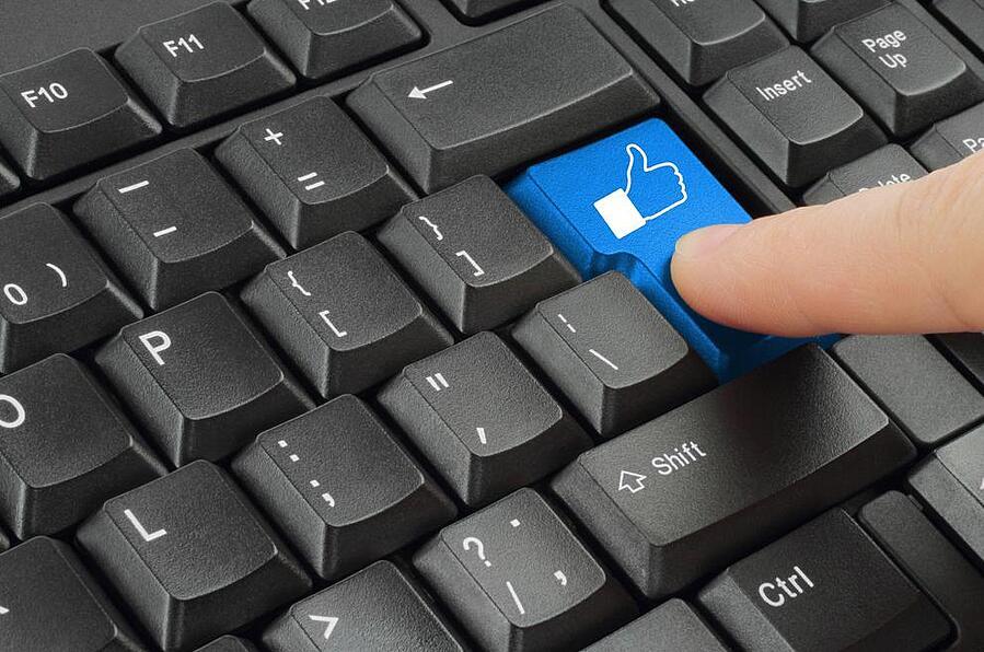 accessing social media via wireless network