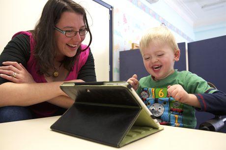 ipads in education, classroom technology, school wireless networks,