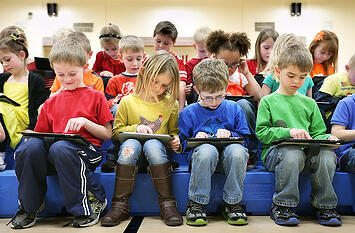 byod in schools, school wireless network design, classroom technology trends and challenges,