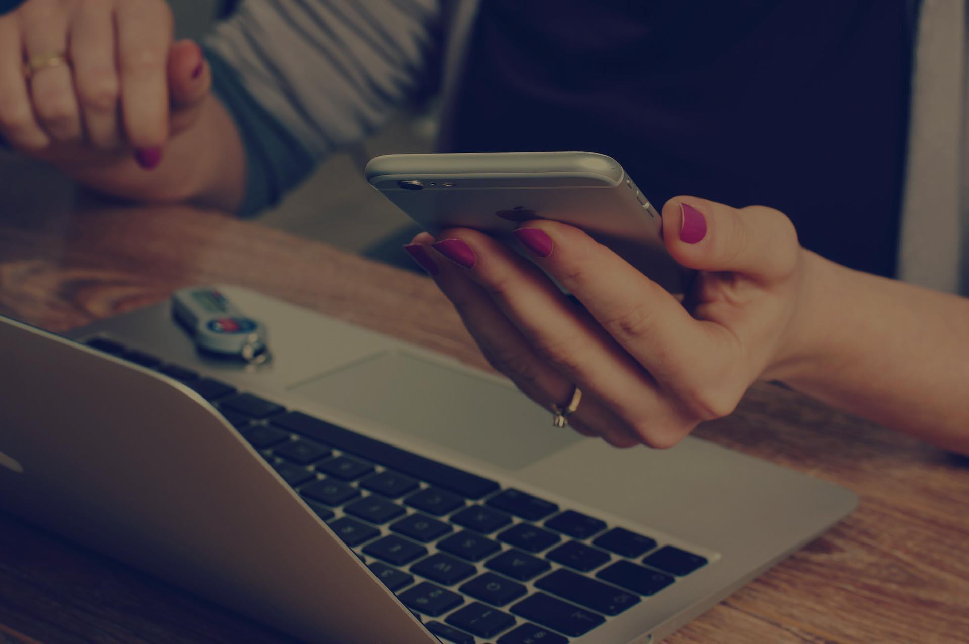 BYOD Benefits Vs. BYOD Problems- 10 Pros & Cons of BYOD